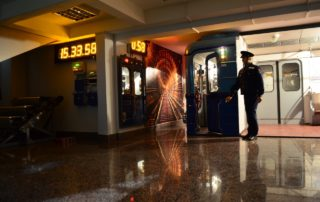 Бесплатные выставки в Санкт-Петербурге!, Меблированные комнаты Вернисаж - метро Гражданский Проспект на севере Санкт-Петербурга