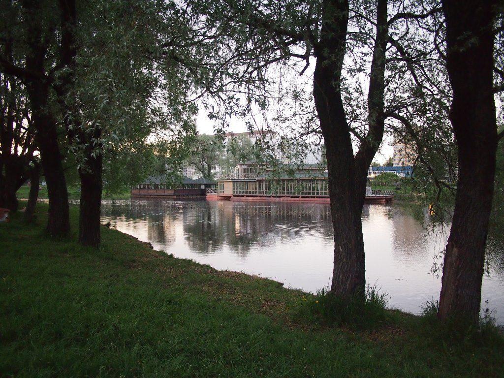 Муринский ручей в Санкт-Петербурге, Меблированные комнаты Вернисаж - метро Гражданский Проспект на севере Санкт-Петербурга