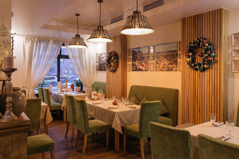 Рестораны на Севере Санкт-Петербурга, Меблированные комнаты Вернисаж - метро Гражданский Проспект на севере Санкт-Петербурга