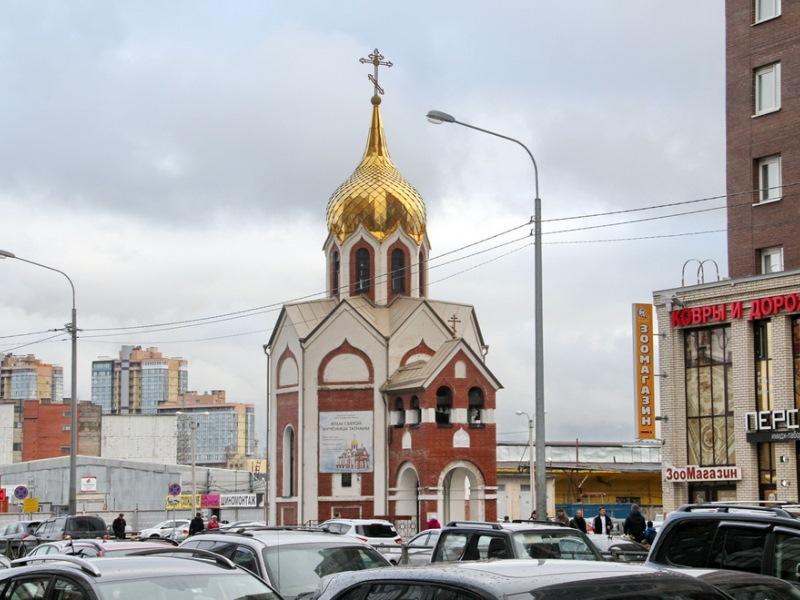 Храм святой Татьяны, Меблированные комнаты Вернисаж - метро Гражданский Проспект на севере Санкт-Петербурга
